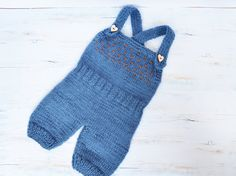 Blue Hand knit Baby romper /knitted baby photo prop/ by KARAPUZIK