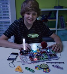 Snap Circuits light up science kit - connects to mp3 for light display with music