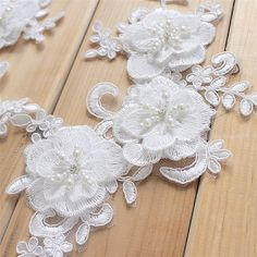 Stunning Wedding Lace Appliques, Lace Trim, Lace Appliques, Bridal lace Appliques, Wedding Accessory, Ivory Lace Applique Embroidery, Alencon Lace Applique, Floral Lace Appliques, 1 Pair Size: approx 22.5CM X 12.5CM Price is for two pieces, more in stock ~ Such a adorable & delicate lace applique! A great touch of vintage. Perfect for wedding dresses accessories, bridal headpiece , wedding gown making, formal wear, costumes, home demo or more handmade projects!! very stunning and elega...