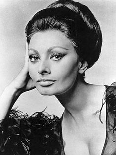 The Dramatic Topknot worn only the way Sophia Loren could wear it.