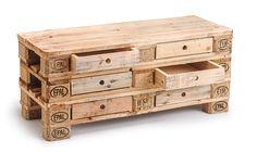 _**Kommode**_ mit Schubladen aus Europaletten (_**Sideboard /TV-Rack**_)! Höhe und Anzahl Schubladen variabel. Mit Holzfüßen oder mit Lenkrollen. Preis **_VHB 150.-€_** - Unlackiert, entgratet...