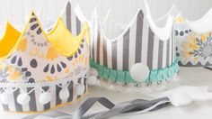 Shari Carroll makes DIY cloth and felt crowns for children's parties and play. To see still shots and to download the template, visit our blog post: http://b...
