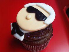 Karl Lagerfeld cupcake..