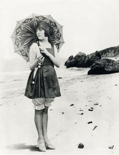 1920s beach beauty. #vintage