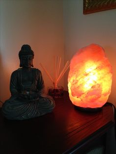 Himalayan Salt Lamps bring negative ions into your home! #crystalrockstar