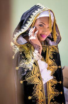 Mimi and Nas Hausa Muslim Wedding in Nigeria ~Nigerian style, Ghanaian fashion ~DKK African Dresses For Women, African Men Fashion, African Attire, African Beauty, Ethnic Fashion, Men's Fashion, Fashion Ideas, African Outfits, Islamic Fashion