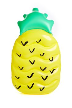 Definitely needing one of these pineapple pool floats this summer!