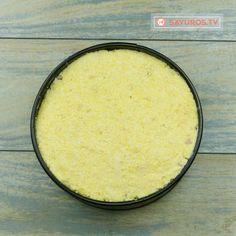 Mamaliga in straturi (Taci si inghite)- așa mămăligă delicioasă nu ai mai mâncat până acum! - savuros.info Mai, Cornbread, Ethnic Recipes, Food, Millet Bread, Eten, Meals, Corn Bread, Diet