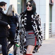 Ella •  Photo by #Dvora #Fashionistable •  www.dvora.photography  #EllaCatliff @lapetiteanglaise #LFWM #LondonMensFashionWeek #FashionWeek #StreetStyle #Fashion #Mode #Moda #Style #StreetChic #StreetFashion #NoFilter