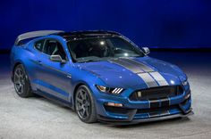 2016 Ford Shelby GT350R Mustang: First Look