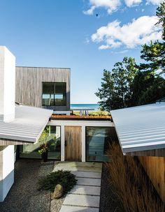 #beachhouse #exterior #modern #modernarchitecture #minimal #SturgeonBay #LakeMichigan #Wisconsin #SalmelaArchitect