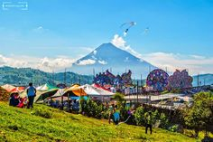 Buenos dias!! desde #Sumpango #Sacatepequez #Guatemala Los Barriletes Gigantes son una vez al año cada 1 Noviembre.  #VisitGuatemala #Travel #Hostel