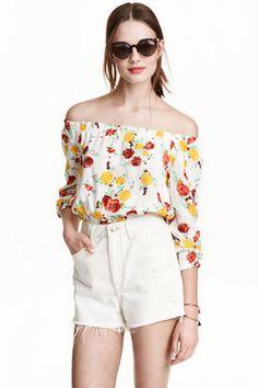 2017 Women Off Shoulder Floral Print Blouses Long Sleeve Chiffon Shirt Ladies Tops Haut Femme Blusas Crop Top, Crop Top Shirts, Crop Tops, Chemises Sexy, Sexy Shirts, Women's Shirts, Chiffon Shirt, Ruffle Blouse, Woman Shirt
