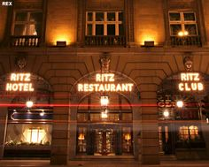 Ominöser Fall um das Ritz Casino in London Kensington London, Beautiful London, Design Museum, Olympic Travel, Luxury Hotels, Fonts, Sunday, English, Interior Design