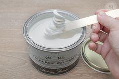 Annie Sloan White Wax on Stick1
