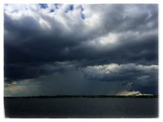 11 #storm #weather #rain #cloud #clouds #stormfront #boating #thousandislands #1000islands #river #pic #photo #mikephillipspic #photography