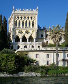Travel Information, Alerts and Hotels for Italy Mediterranean Architecture, Italian Lakes, Small Group Tours, Italian Villa, Beautiful Villas, Lake Garda, Old Stone, Tuscany, Rome