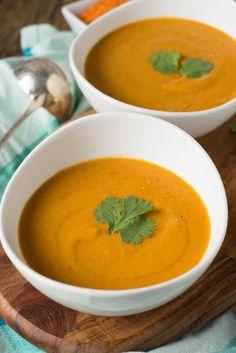 Lieblingsrezept - Super lecker und einfach zuzubereiten - Rote Linsen Suppe mit Paprika, Kokosmilch und roten Linsen