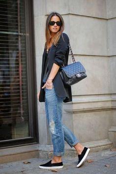 street style - boyfriend jeans, vans, blazer