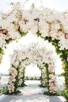 Wedding Ceremony Ideas for the Spring - all the flowers! #springwedding #weddingflowers #outdoorwedding