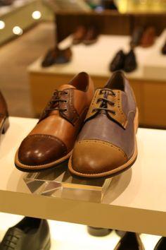 감각있는 디자인에 연질창 사용으로 쿠션감이 뛰어나며 논슬립 기능까지! 배색이 멋스러운 남성 스트레이트팁 구두~ @롯데백화점 소다 Men's Shoes, Shoe Boots, Dress Shoes, Shoe Designs, Shoe Collection, Oxfords, Designer Shoes, Oxford Shoes, Women