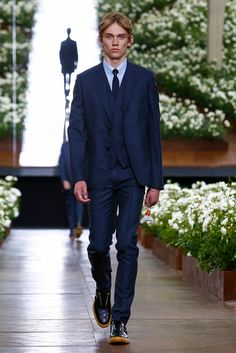 A look from the Dior Homme Spring 2016 Menswear collection.