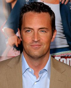Matthew Perry... Anybody else find him ridiculously and strangely sexy? I'll forever be in love with Chandler!