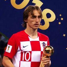 """Imágenes Históricas on Twitter: """"Luka Modrić balón de oro. Gracias por todo 🇭🇷… """" World Cup Russia 2018, World Cup 2018, Ea Sports, Ronaldo, Fifa, Croatia, All About Time, Messi, Kerala"""