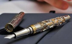 Cool design on a fountain pen