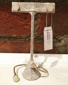 Wish. List.  Kendra Scott Tessa earrings- $65 Kendra Scott Jamie gold bracelet in iridescent Drusy- $60  #madisonsbluebrick #kendrascott #earcandy #bracelet #classy #gifting #downtownhotsprings