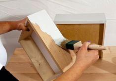 Möbel selbst lackieren: So einfach geht's. Farben, Pinsel, Schleifpapier