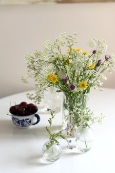 juhannus-(1-of-4) Holidays And Events, Glass Vase, Spring, Party, Flowers, House, Inspiration, Biblical Inspiration, Floral