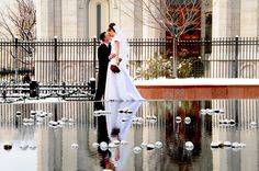 LDS groom, LDS bride, SLC LDS temple, photo courtesy of Photos by Wendy G for WeddingLDS.com