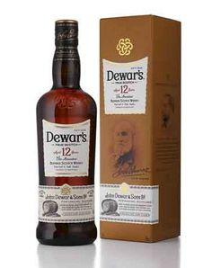 """¿Buscas regalar algo único? La marca de whisky Dewar's permite personalizar las botellas y las cajas de regalo de """"Dewar's 12"""". Más detalles: http://www.sal.pr/?p=100323"""