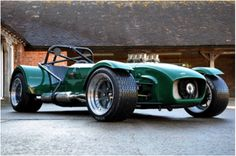 Having spent the last eight years building a powered Caterham, the moment of truth had finally arrived… Test day! The test track is two hours west of Bromyard, a pleasant and accommodating… Caterham Super 7, Caterham Seven, Caterham Cars, Sport Cars, Race Cars, Lotus 7, British Sports Cars, Vw Touran, Kit Cars