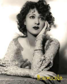 Gypsy Rose Lee (January 1911 – April was an American burlesque entertainer famous for her striptease act. Gypsy Rose Lee, Celebrity Pictures, Burlesque, Jon Snow, American, Celebrities, Gossip, Queen, Inspiring Women