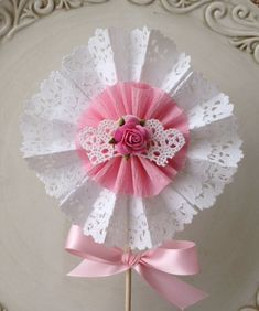 Shabby Chic Decorative Wand Cake Topper for Birthday Paper Doily Crafts, Doilies Crafts, Paper Doilies, Flower Crafts, Paper Rosettes, Paper Flowers, Diy And Crafts, Crafts For Kids, Arts And Crafts