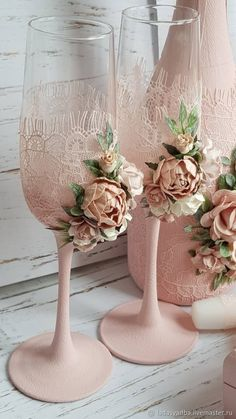 Stress Free Ideas That Will Help Your Wedding Planning Wedding Wine Glasses, Wedding Champagne Flutes, Champagne Glasses, Handmade Wedding, Diy Wedding, Wedding Gifts, Rustic Wedding, Decorated Wine Glasses, Painted Wine Glasses