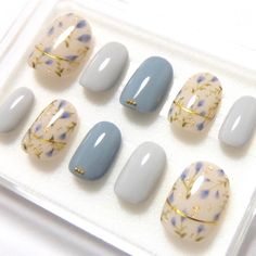 Flower art nail chip Thank you for your order # Nail # Nail Art # Gel # Gel Nail # gelnail # nailart # nai . New Nail Art, Fall Nail Art, Fall Nail Colors, Acrylic Nail Art, Nail Art Diy, Korean Nail Art, Korean Nails, Nail Art Designs 2016, Simple Nail Art Designs
