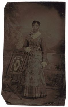 36 More Stunning Photos of Black Women in the Victorian Era - BGLH Marketplace Victorian Women, Victorian Era, Victorian Hair, Black Women Art, Beautiful Black Women, African American Beauty, Foto Portrait, American Photo, American Fashion