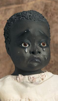 Rare American Black Folk Doll by Leo Moss I look deep into those eyes, I feel so sorry for her. New Dolls, Barbie Dolls, Dolls Dolls, Black Queen, Black Baby Dolls, African American Dolls, Doll Maker, 1920s, Collector Dolls