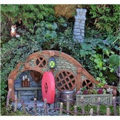 The Red Root Bungalow from Fiddlehead Fiddlehead https://www.amazon.co.uk/dp/B016F3M29C/ref=cm_sw_r_pi_dp_x_TDVZybCE6P8FW