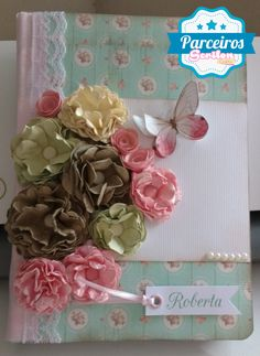 free studio cut file for these 3D DIY flowers