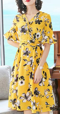 Elegant Floral V-Neck Flare Sleeve Lacing Skater Dress Cute Dresses For Party, Best Prom Dresses, Cute Summer Dresses, Simple Dresses, Pretty Dresses, Casual Dresses, Short Dresses, Dress With Cardigan, Dress Outfits