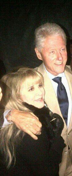 hmmmm, tiny Stevie   ~ ☆♥❤♥☆ ~   with Bill Clinton, at his January 1993 Inauguration Ball ~   https://youtu.be/A3JA1nWPFqM  ~   http://www.rollingstone.com/music/videos/flashback-fleetwood-mac-reunite-for-bill-clintons-inauguration-20130122