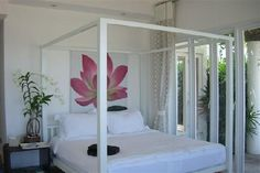 himmelbett in wei mit 200x200 cm liegefl che schlafzimmer dekorieren mit romantischem. Black Bedroom Furniture Sets. Home Design Ideas