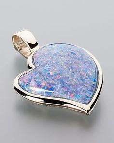 Gold heart-shaped Opal Pendant in Gold-Clipanhänger mit Opaltriplette von Terra Opalis #terraopalis