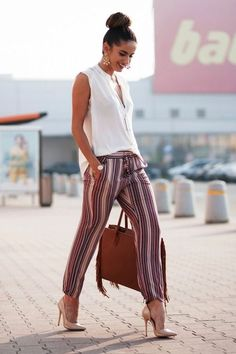 Pour ce post 52 Casual Summer Work Outfits for Professionals 2019 vous naviguez. 52 Casual Summer Work Outfits for Professionals 2019 Si vous aimez notre … Casual Work Outfit Summer, Work Casual, Casual Office, Business Casual, Outfit Work, Office Chic, Summer Outfits, Summer Work Fashion, Business Attire