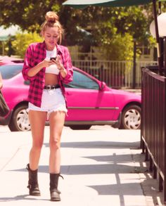 Miley channeling the 90's