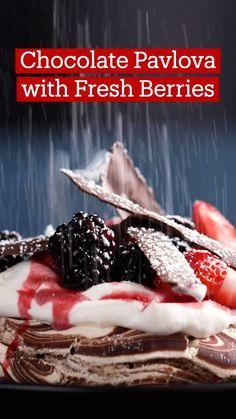 Fun Baking Recipes, Cake Recipes, Cooking Recipes, Just Desserts, Delicious Desserts, Yummy Food, Tasty, Chocolate Pavlova, Desert Recipes